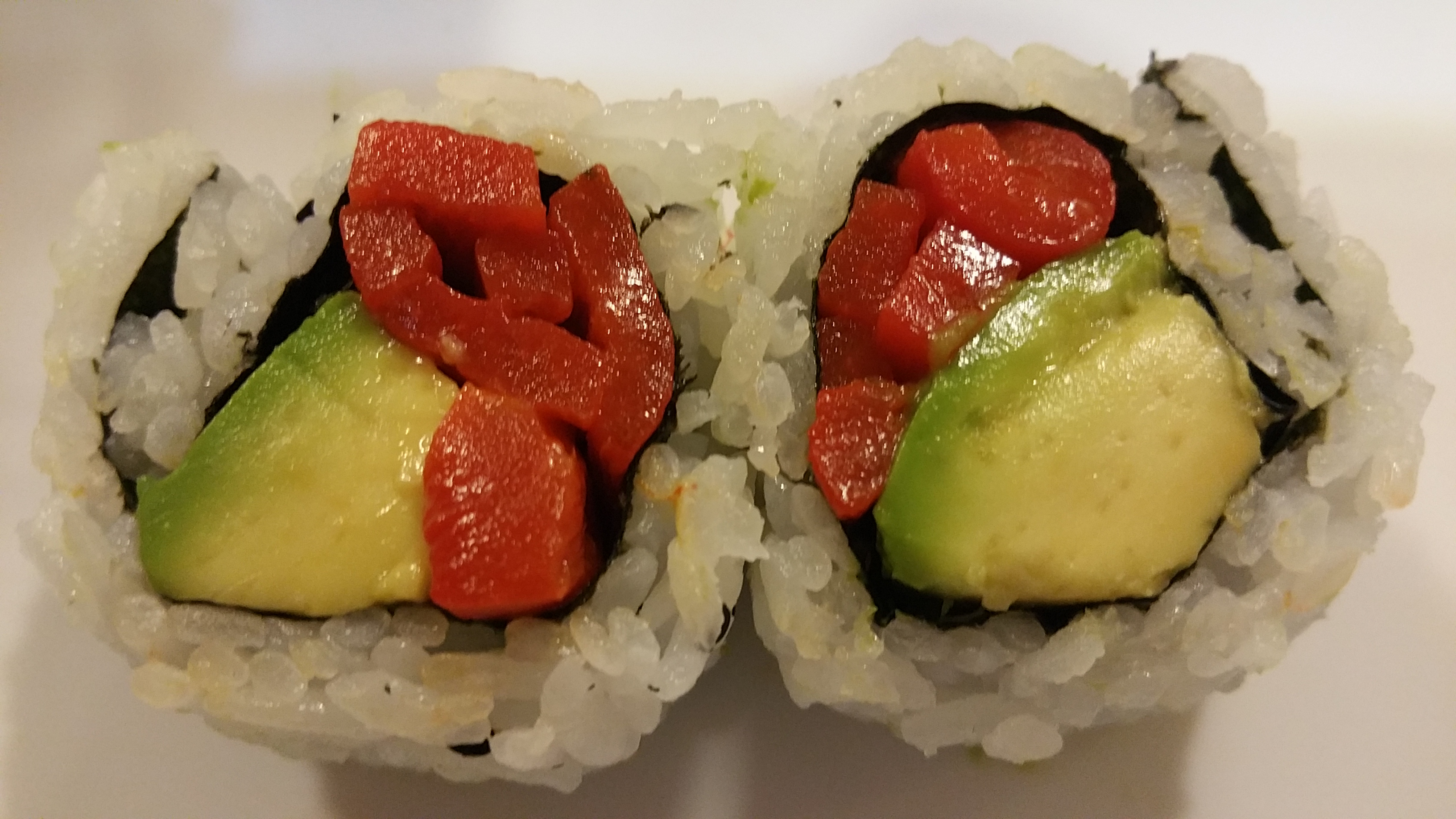Roasted Pepper and avocado Roll (6)
